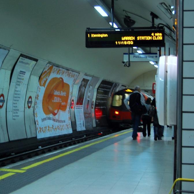 Posłuchaj: Metro londyńskie i saksofonista